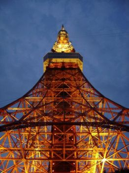 Tokyo Tower by Cycloneus