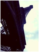 Eiffel Tower by unlimited-thoughts
