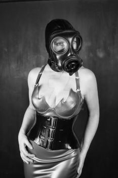 Gas Mask and Latex by LatexModel
