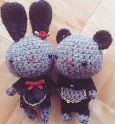 Gothy little plushies by psycho-kitty