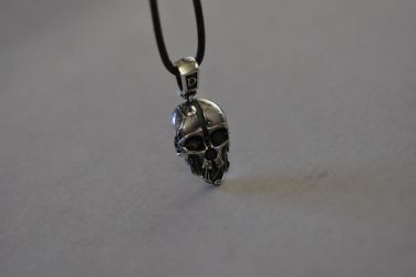 Dishonored Necklace 1 by Worldofjewelcraft