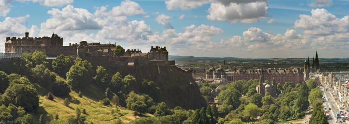 Edinburgh by KrisSimon