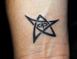 Elder Sign Tattoo by Cynnyr