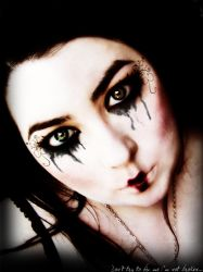 Broken Doll by RavenxCorpse