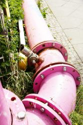 Pink tubing by Heurchon