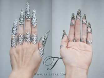 Silver Claws by Fairytas