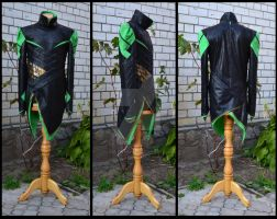 Loki cosplay details: shirt by lady-narven