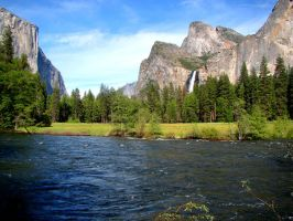 Valley View at Yosemite by Geotripper