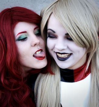 Ivy and Harley by Scarlett-Quinn