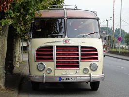 Setra S8 - front view ( new edit ) by UdoChristmann