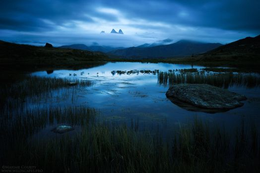 Guichard Lake I : the Darkness by MaximeCourty