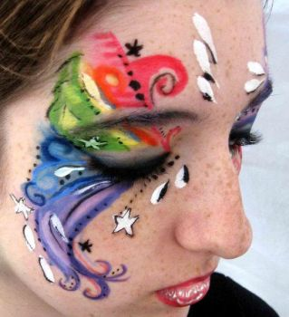 Swirly Face Paint... by lygicaphisalogue