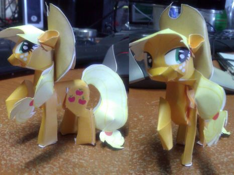 Apple Jack Mofidied Papercraft by FyreWytch