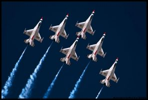 Nellis Thunderbirds 14 by AirshowDave