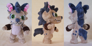 Hyenamon plush by PlushieMania