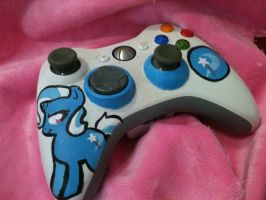 Custom My Little Pony Trixie XBOX controller by candyponi