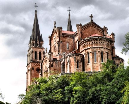 Our Lady of Covadonga by vmribeiro