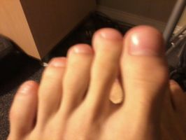 Toes by Giantess-Beatrice