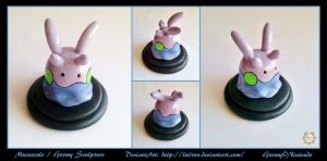 Mucuscule / Goomy sculpture