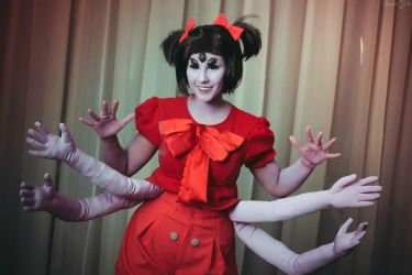 Undertale Muffet Cosplay by Sioxanne