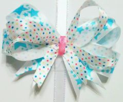 White and Blue star ribbon clip by wolf-girl87