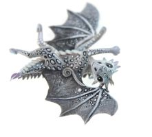 Silver spotted dragon by hontor
