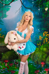 Alice in Wonderland by irelandreid