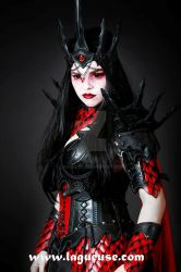 vampire queen armor by Lagueuse