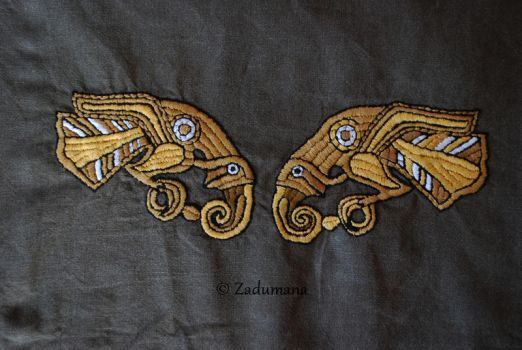 Viking apron: Eagles Embroidery by Zadumana