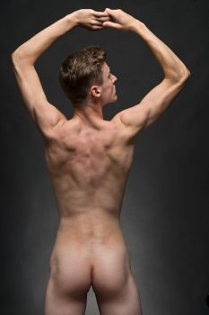 Volleyballplayer-backside by Ewoud57