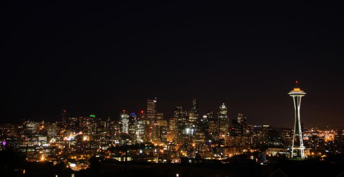 Seattle at Night from Queen Anne by Caloxort