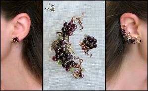 Bunch of berries ear cuff and stud by JuliaKotreJewelry