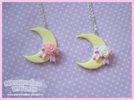 Charming Moon necklace by Irudisu