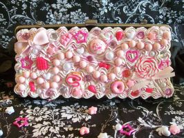 Sweets Deco Den Purse by lessthan3chrissy