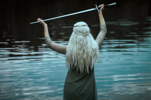 Lady of the lake by LucreciaMortishia