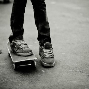 skate by omish