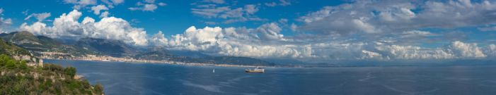 Salerno and the Sea by Thrakki