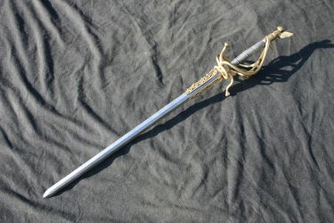 Witch hunters rapier by DragonArmoury