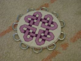 Celtic Heart Knot by kyotiutsukushii
