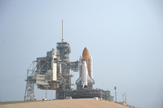 D3wd0120 - Atlantis at LC39A by d3wd