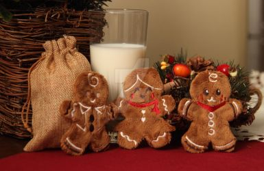 Gingerbread cookie plushies for Santa - with milk