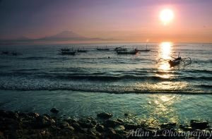 Sunrise in Sanur by FirstMeasure