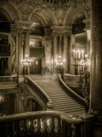 Palais Garnier - le grand escalier by ArchandSoul