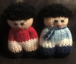 Two knitted dolls by Fredd13