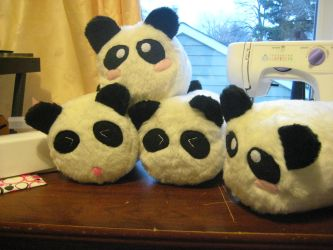 Leaning tower of Panda? by Phynix