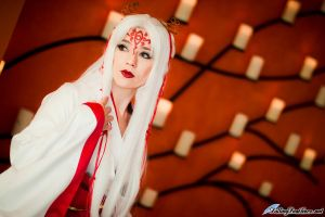 Hinoto in candlelight by HollyGloha