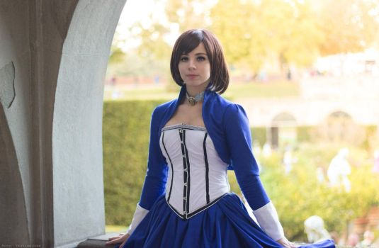 The girl in the tower - Elizabeth Bioshock cosplay by Achico-Xion