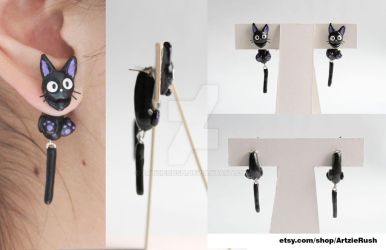 Jiji Cat Earrings (Kiki's Delivery Service) by ArtzieRush