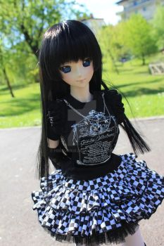 Alice's First outdoor by HimeUriko