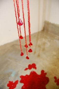 glass bead blood heart detail by dullleadsinker